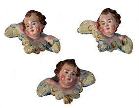 Lotto 266 - Gruppo di 3 teste di cherubino