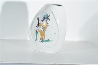 Lotto 209 - Vaso in porcellana